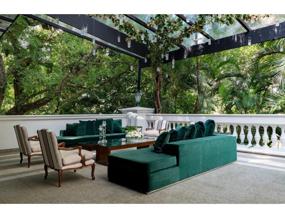 Lounges em tons de verde militar