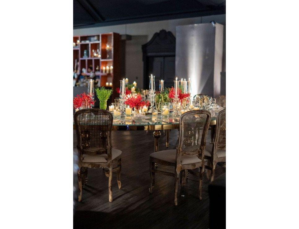 Mesa Dubai Ouro e Cadeira Antonieta